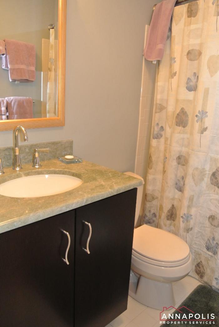 2831 Seasons Way-main bath room.JPG