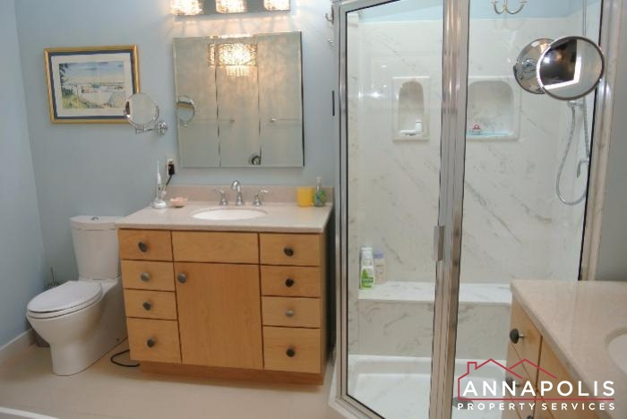 2831 Seasons Way-master bathroom.JPG