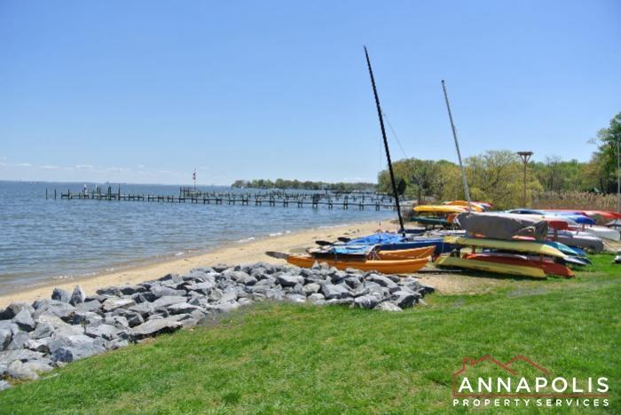 2106E  Chesapeake Harbour -Beach a (2).JPG