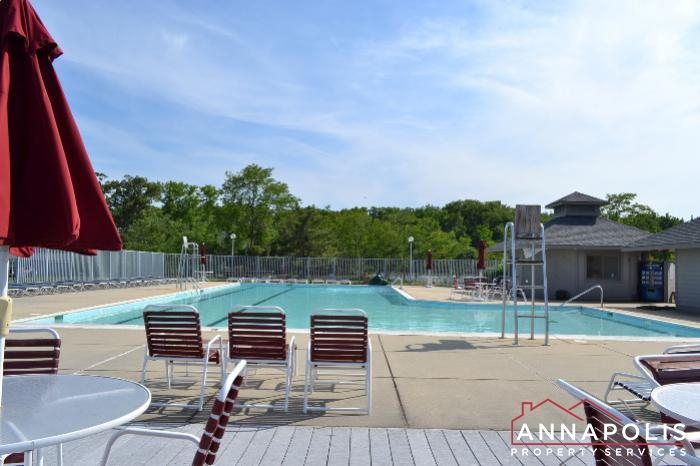 2106E  Chesapeake Harbour -pool c.JPG
