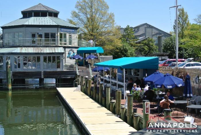 2106E  Chesapeake Harbour -sams cafe b.JPG