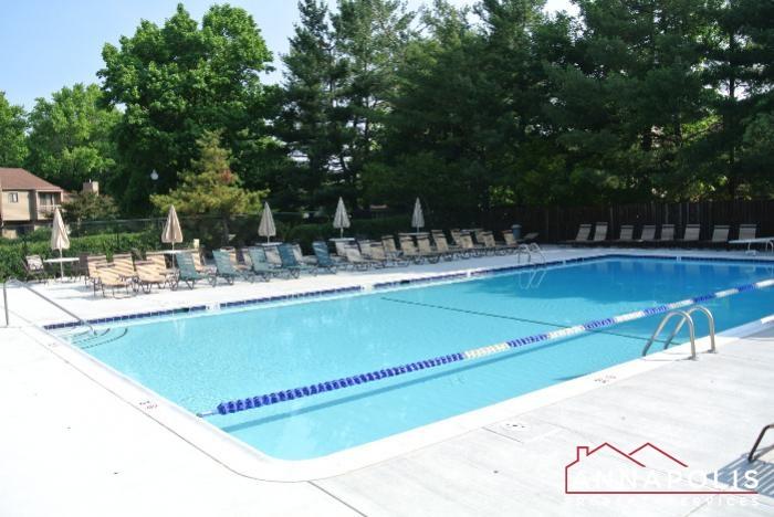 12 Belvedere Court-Pool a.JPG