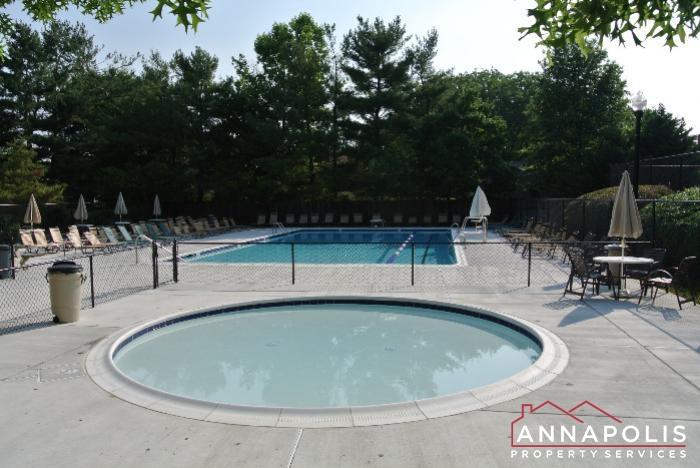 12 Belvedere Court-toddler pool.JPG