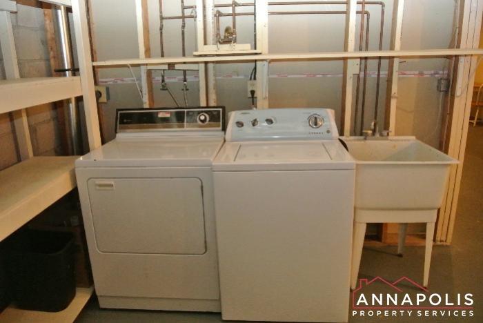 12 Belvedere Court-washer and dryer.JPG