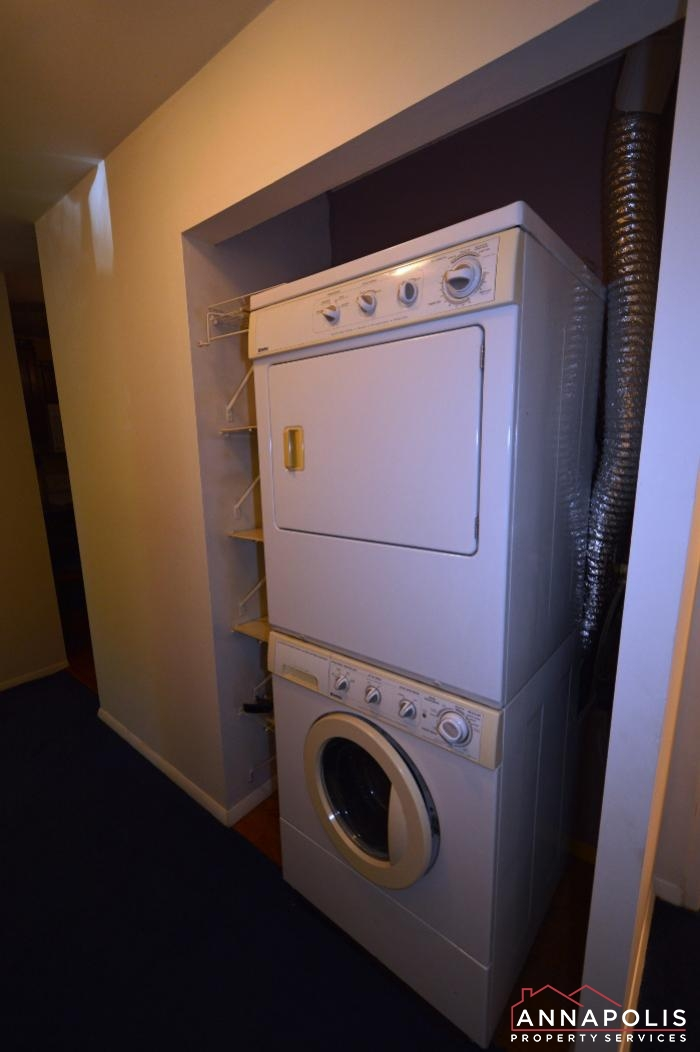 206 Victor Parkway # E-washer and dryer.JPG