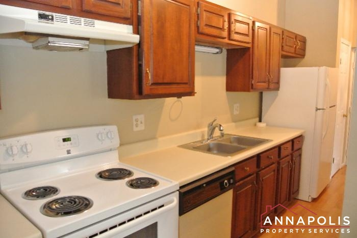 616 Southern Hills Drive -kitchen a.JPG