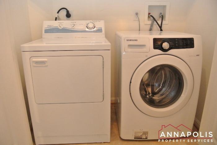 2530 Running Wolf Trail-washer and dryer.JPG