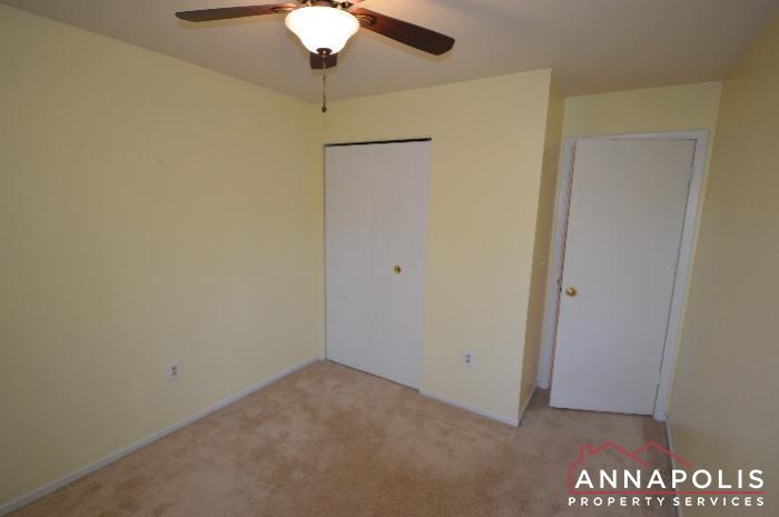 448 Knottwood Court-bedroom 3b.JPG