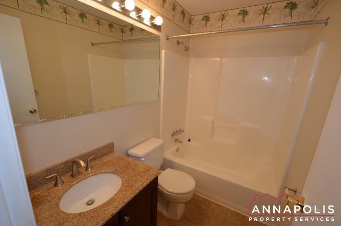 448 Knottwood Court-main bath.JPG