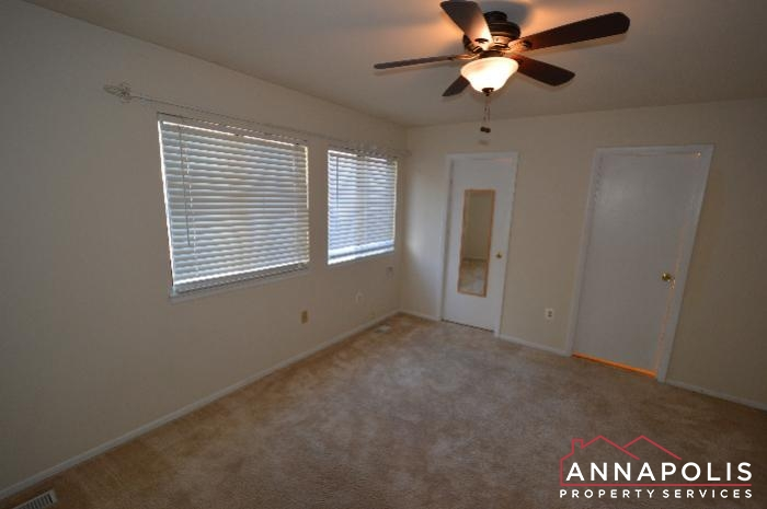 448 Knottwood Court-master bed c.JPG