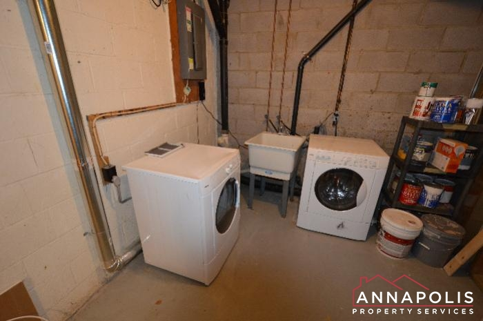 448 Knottwood Court-washer and dryer.JPG