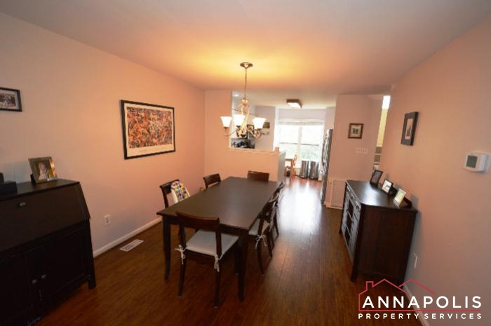 935 Forest Hills Ave-Dining c.JPG