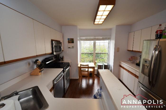 935 Forest Hills Ave-Kitchen c.JPG