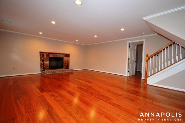 1831 Brett Court-Family room lower bn(1).JPG