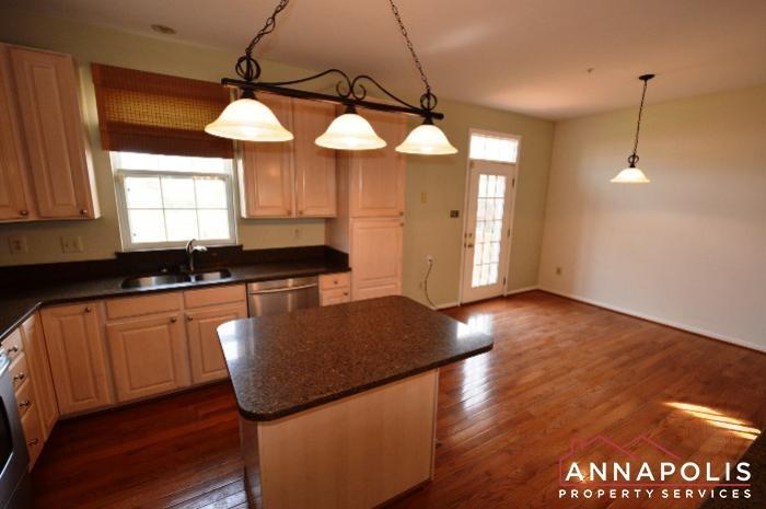 3751 Glebe Meadow Way-kitchen d.JPG