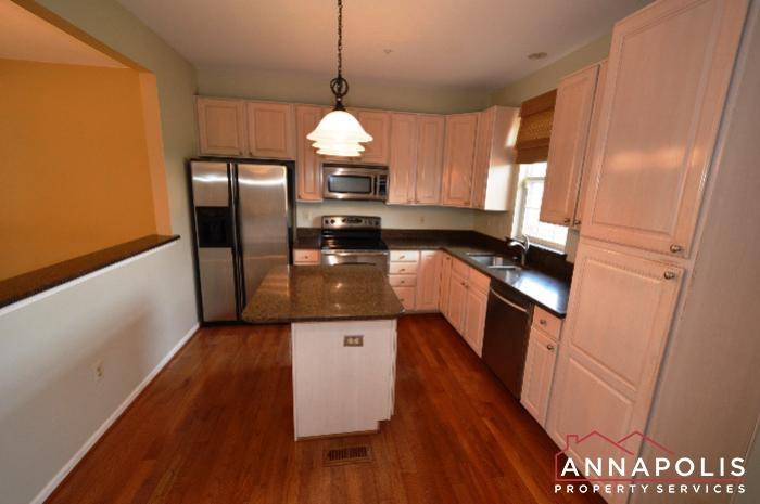 3751 Glebe Meadow Way-kitchen e.JPG