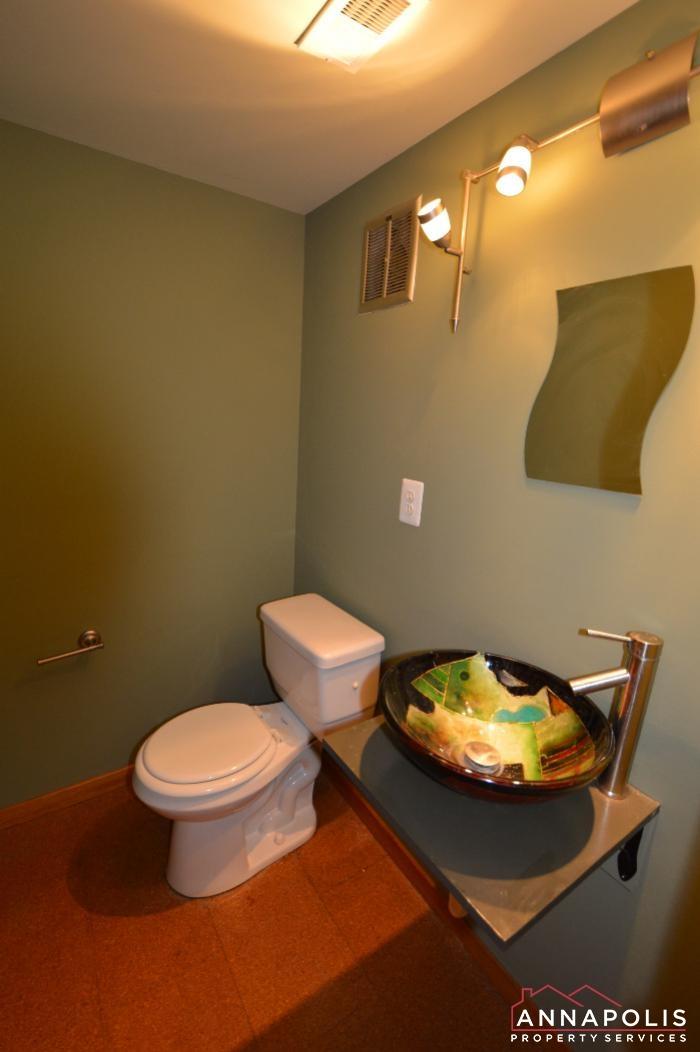 919 Bethany Court-half bath.JPG