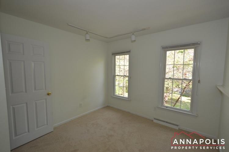 118 Lee Drive-Bedroom 2bn.JPG