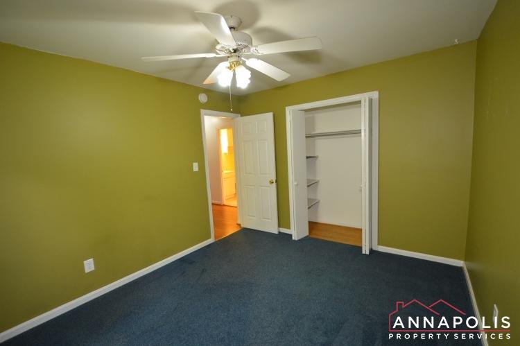 118 Lee Drive-Bedroom 2bnn.JPG