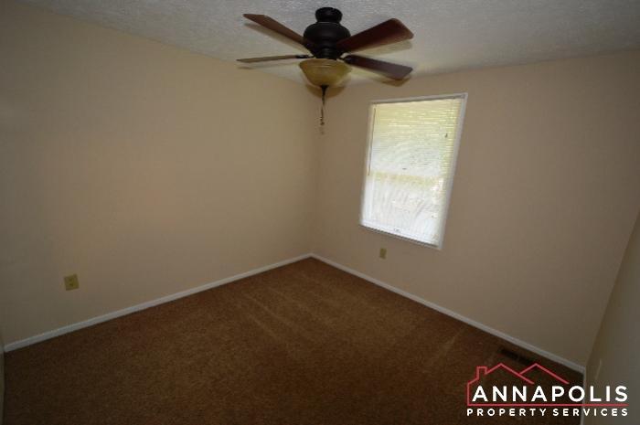 483 Ruffian Court-bedroom 2a.JPG