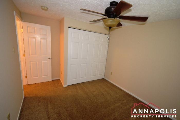483 Ruffian Court-bedroom 2b.JPG