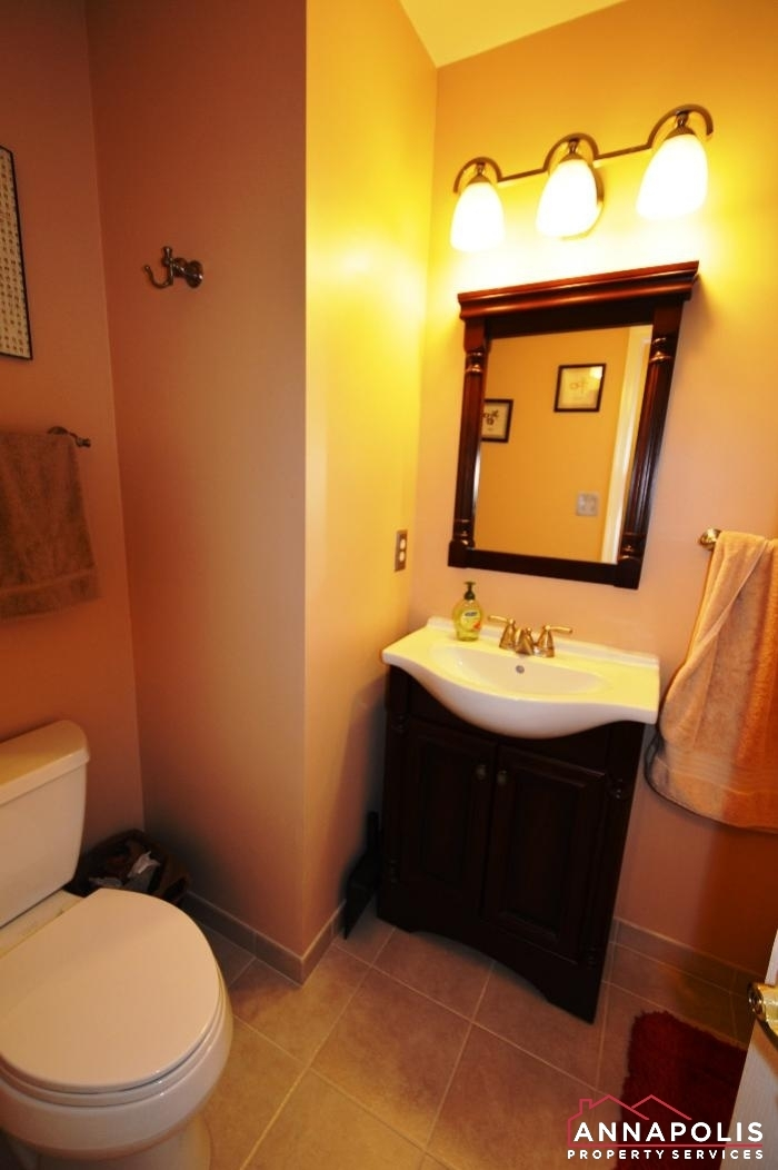 1106 Niblick Court-Main bath vanity a.JPG