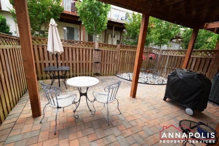 1106 Niblick Court-patio a.JPG