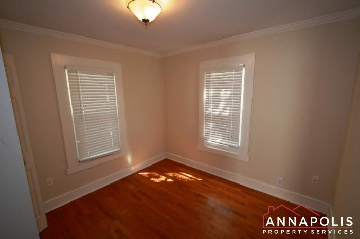1009 Tyler Ave-Bedroom 1a.JPG
