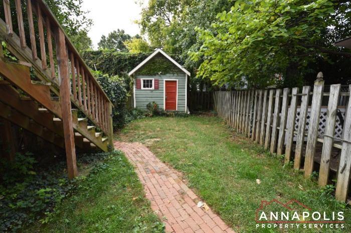 241 Hanover St -Back yard a.JPG