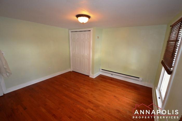 241 Hanover St -Bedroom 1c.JPG