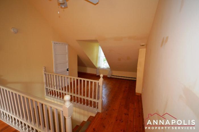 241 Hanover St -Bedroom 2b.JPG