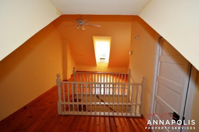 241 Hanover St -Bedroom 2f.JPG