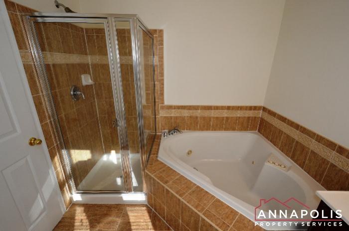 2123 Hideaway Court-Master bath b.JPG