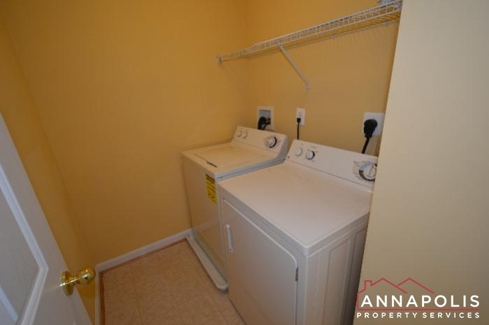 2123 Hideaway Court-washer and dryer.JPG