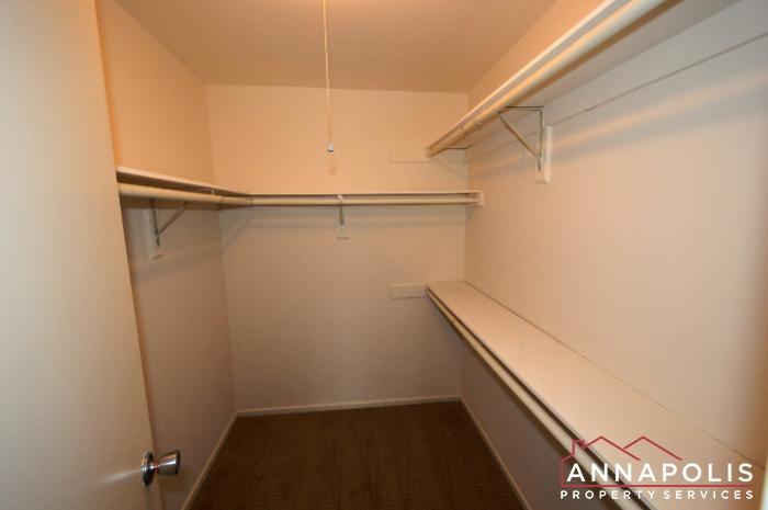 2572 Riva Rd #16B-bedroom 1wic.JPG