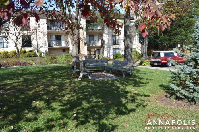 2572 Riva Rd #16B-seatng area.JPG