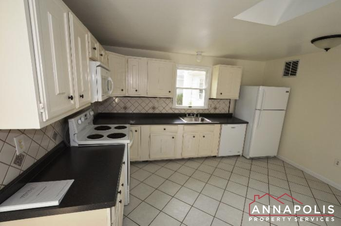 303 Kenmore Ave-Kitchen d.JPG