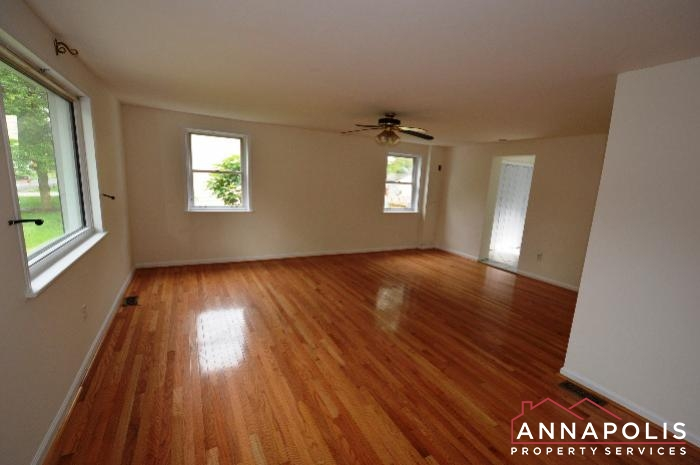 303 Kenmore Ave-Living a.JPG