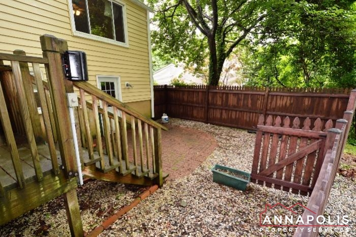 1475 Amberwood Dr-Back patio a.JPG