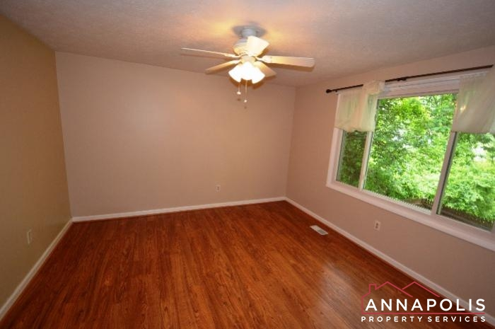 1475 Amberwood Dr-Bedroom 1a.JPG