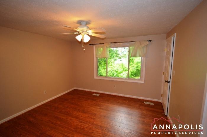 1475 Amberwood Dr-Bedroom 1b.JPG