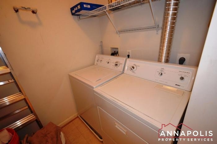 1972 Scotts Crossing # 204-Washer and dryer.JPG