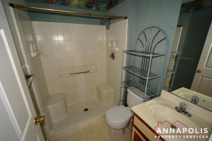2008 Peggy Stewart Way #301-Main bath an.JPG