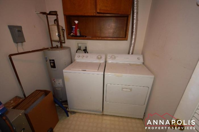 60H Amberstone Court-Washer and dryer.JPG
