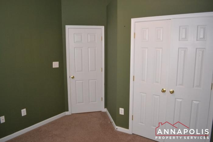 2154 Hideaway Court-bedroom 3c.JPG