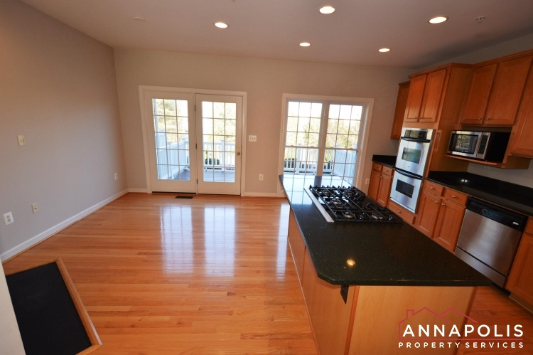 2618 Foremast Alley-Kitchen and dining b.JPG