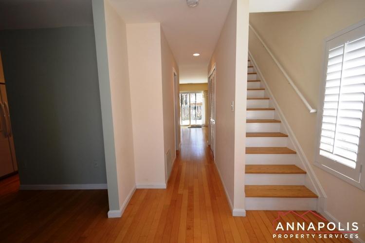 1117 Cedar Ridge-Hallway a.JPG
