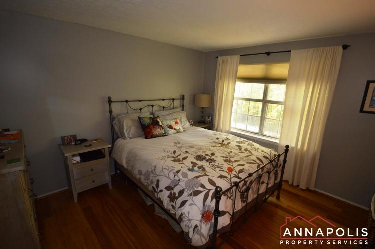 1315 Old Pine Court-Bedroom 1a.JPG