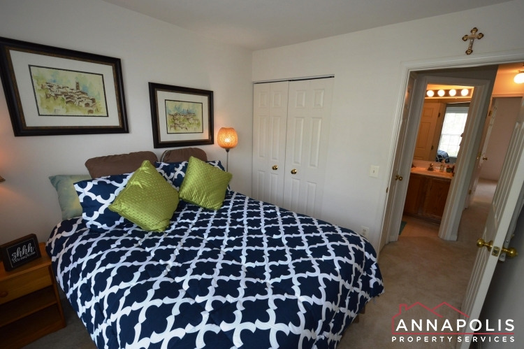 641 Howards Loop -Bedroom 3b(3).JPG