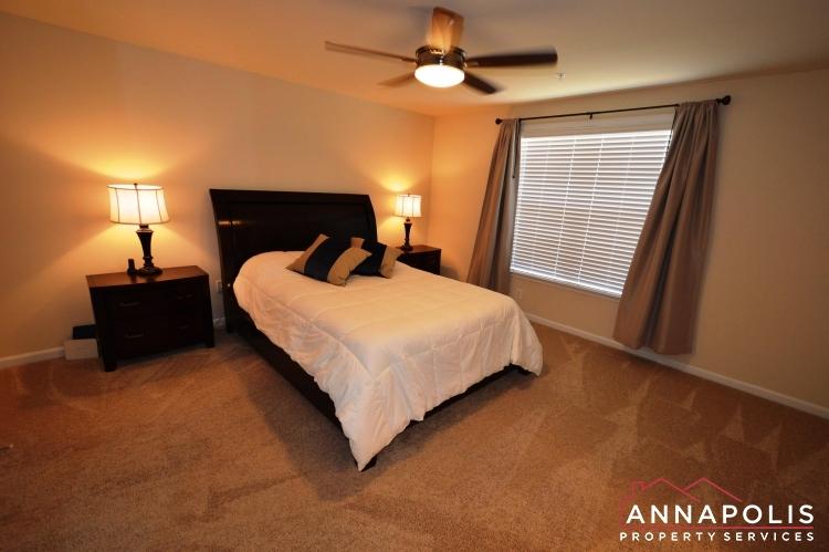 860 Nancy Lynn Lane -Master bed a(2).JPG